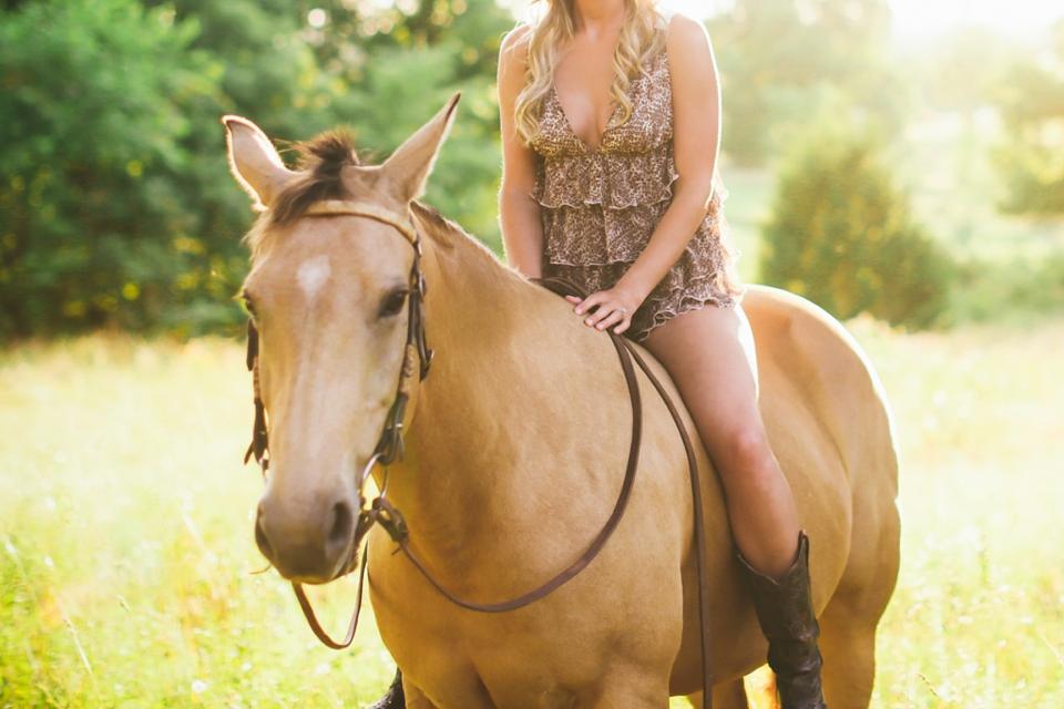 Springfield Missouri Boudoir Photographer - Arkansas Boudoir Photographer - Branson Missouri Boudoir Photographer - Springfield Missouri Intimate Photographer - Tiffany Kelley Photography_0003