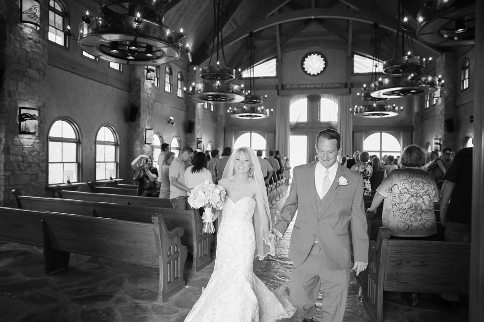 Big Cedar Wedding Integrity Hills Wedding Ridgedale Branson Missouri Wedding Photographer - Tiffany Kelley Photography_0014