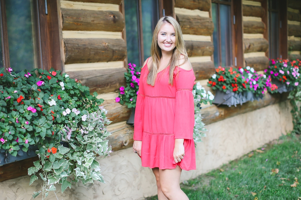 Rachel dogwood canyon branson mo senior portrait for 417 salon branson west