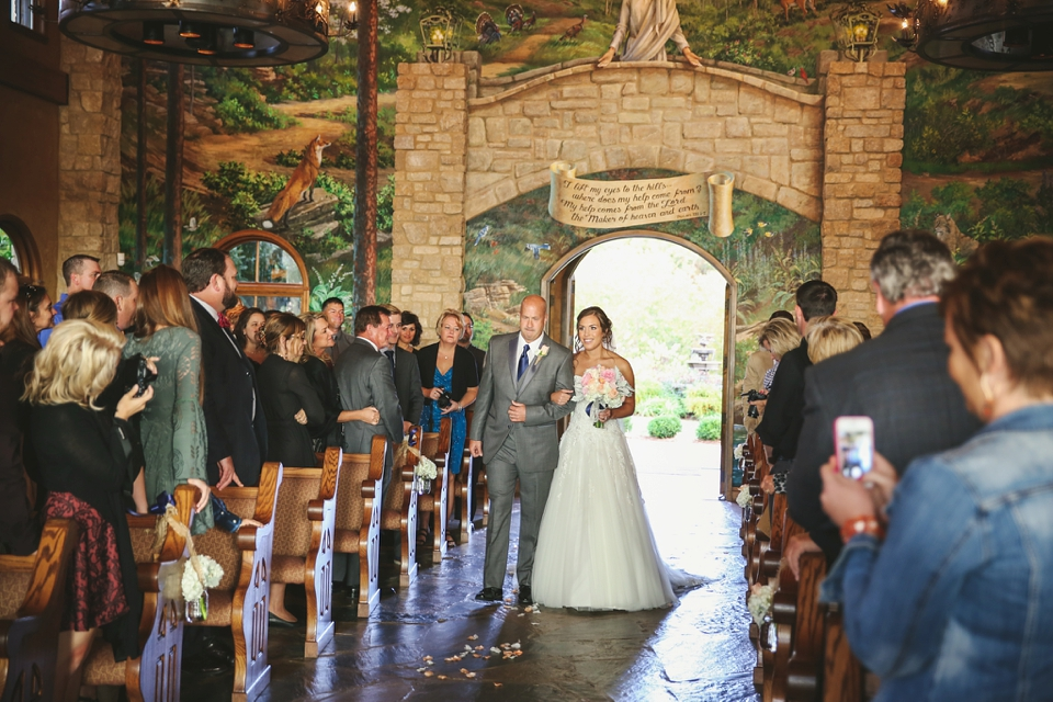 Big Cedar Lodge Wedding Integrity Hills Wedding Branson MO Wedding Photographer - Tiffany Kelley Photography_0028