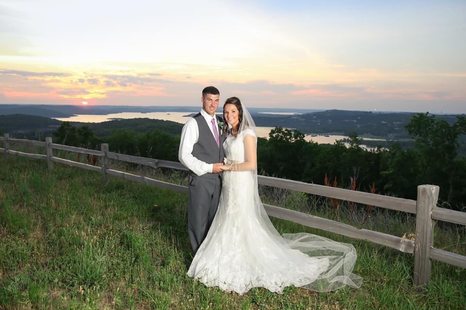 Big Cedar Lodge Wedding Photographer - Tiffany Kelley Photography - Branson MO - Cedar Creek Patio Wedding_0001
