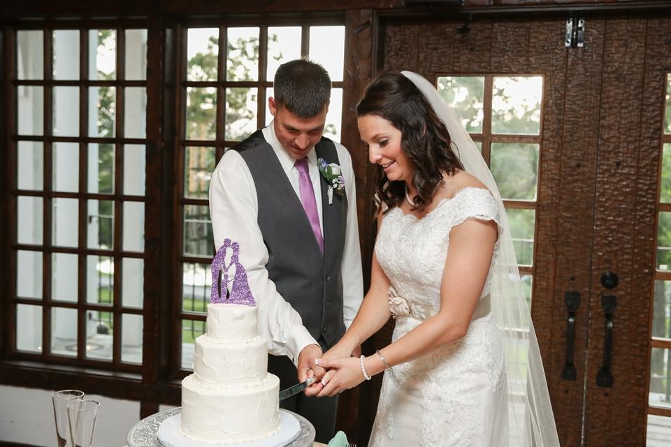 Big Cedar Lodge Wedding Photographer - Tiffany Kelley Photography - Branson MO - Cedar Creek Patio Wedding_0009