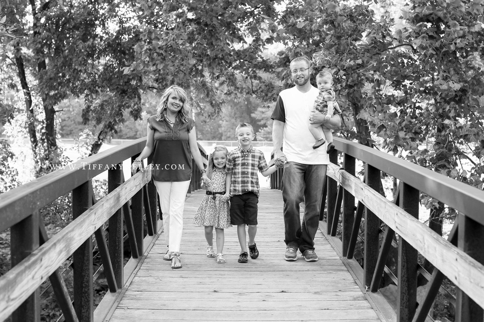 05 Branson MO Family Photographer - Tiffany Kelley Photography