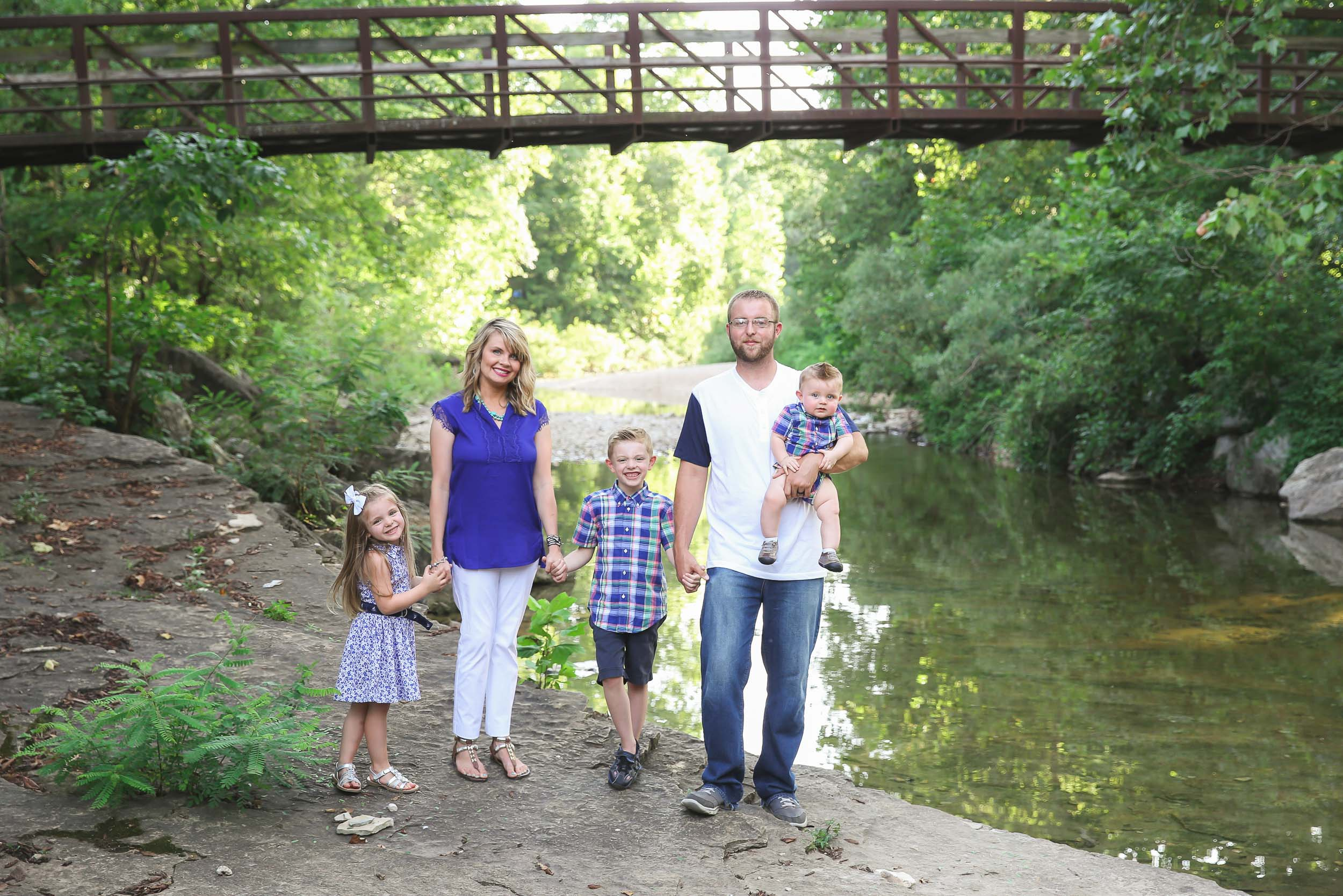 Macquarrie family branson mo family photographer for 417 salon branson west