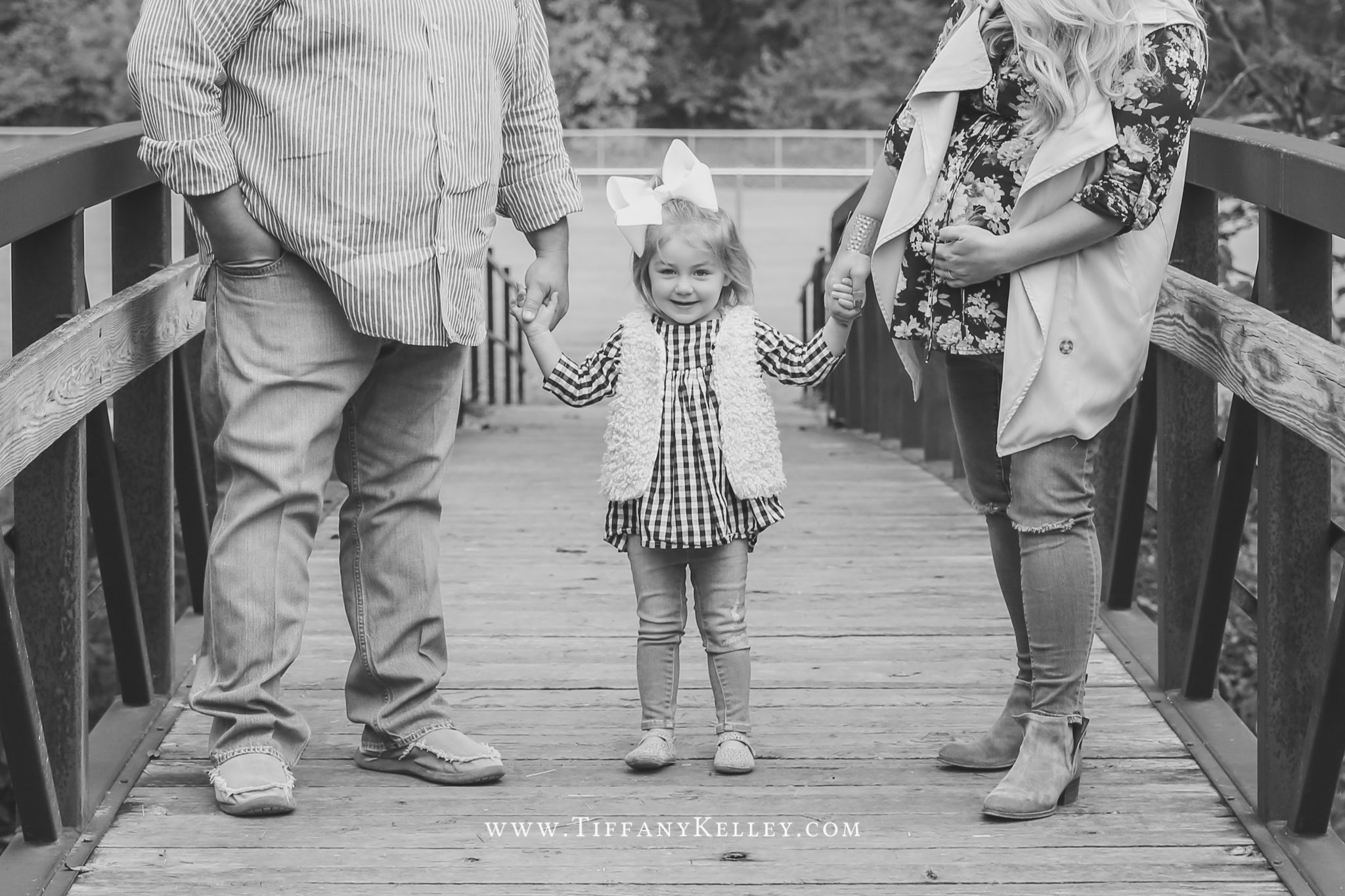 03-branson-mo-family-photos-tiffany-kelley-photography