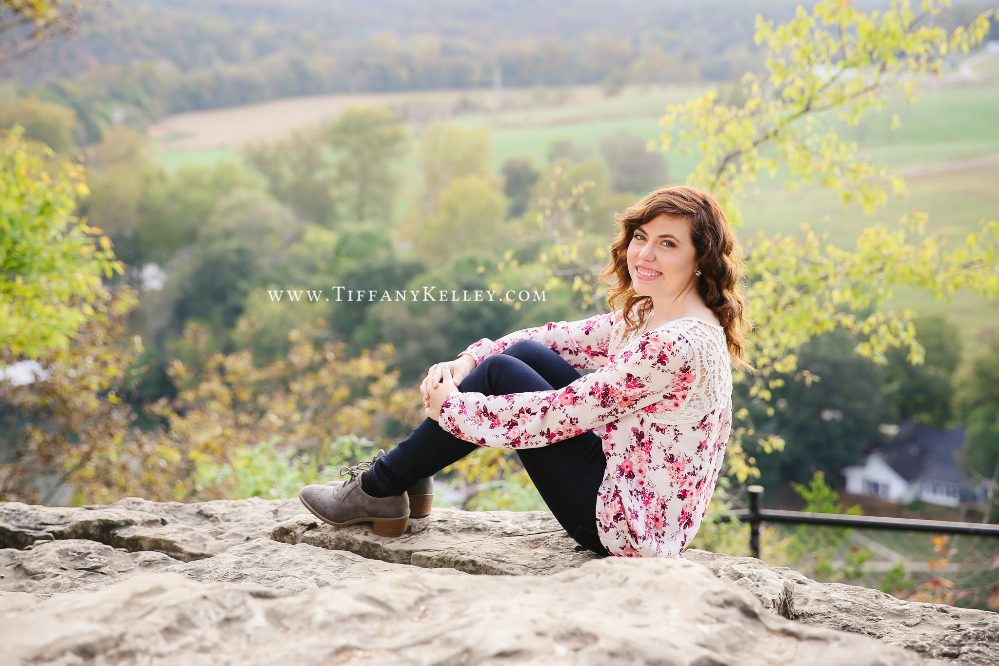 07-branson-mo-senior-photographer-tiffany-kelley-photography