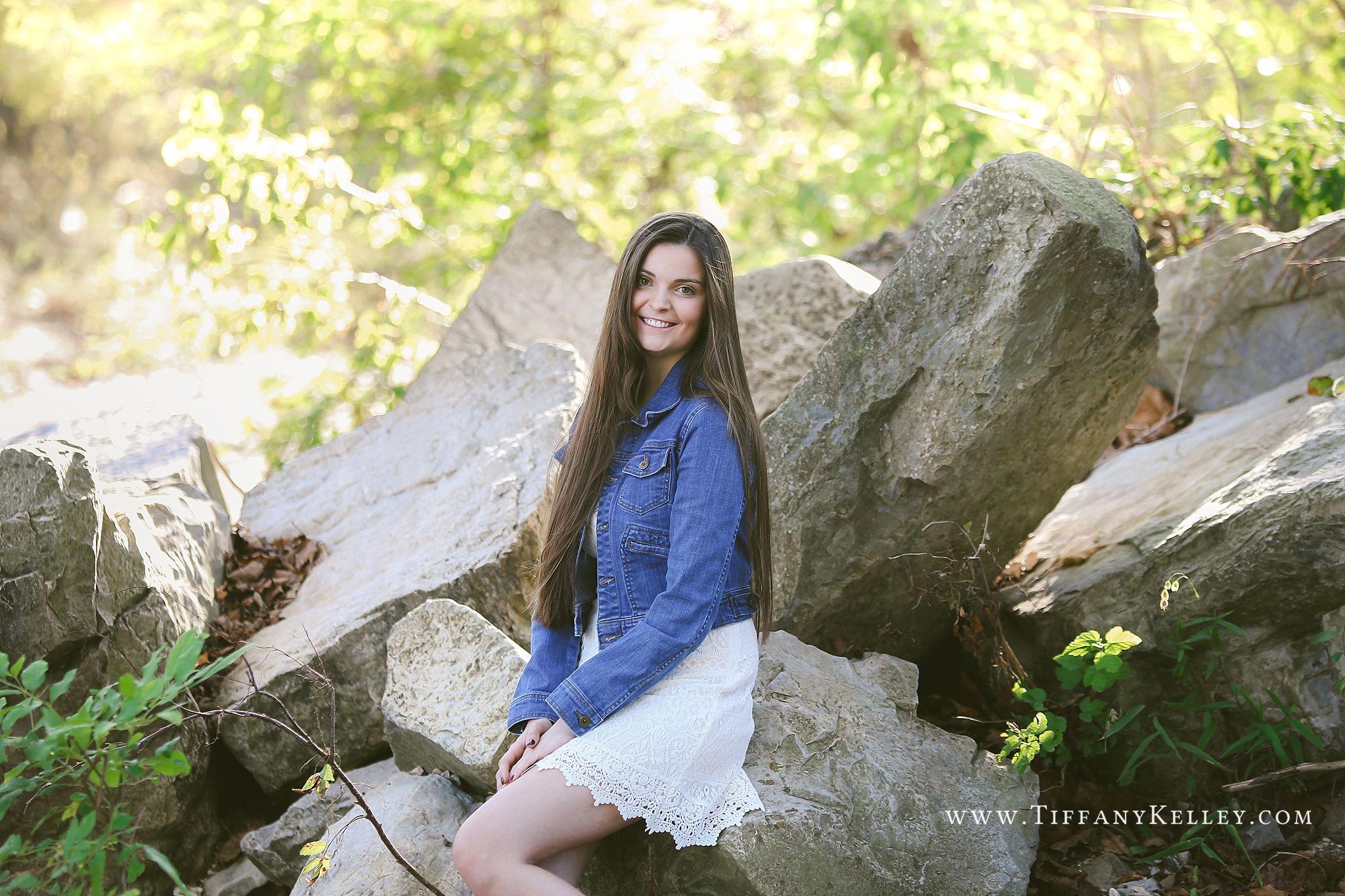 Branson MO Senior Photographer - Tiffany Kelley Photography