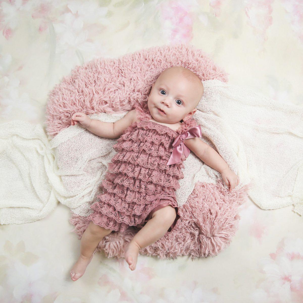 Kayleen 3 Months :: Branson, MO Children's Photographer
