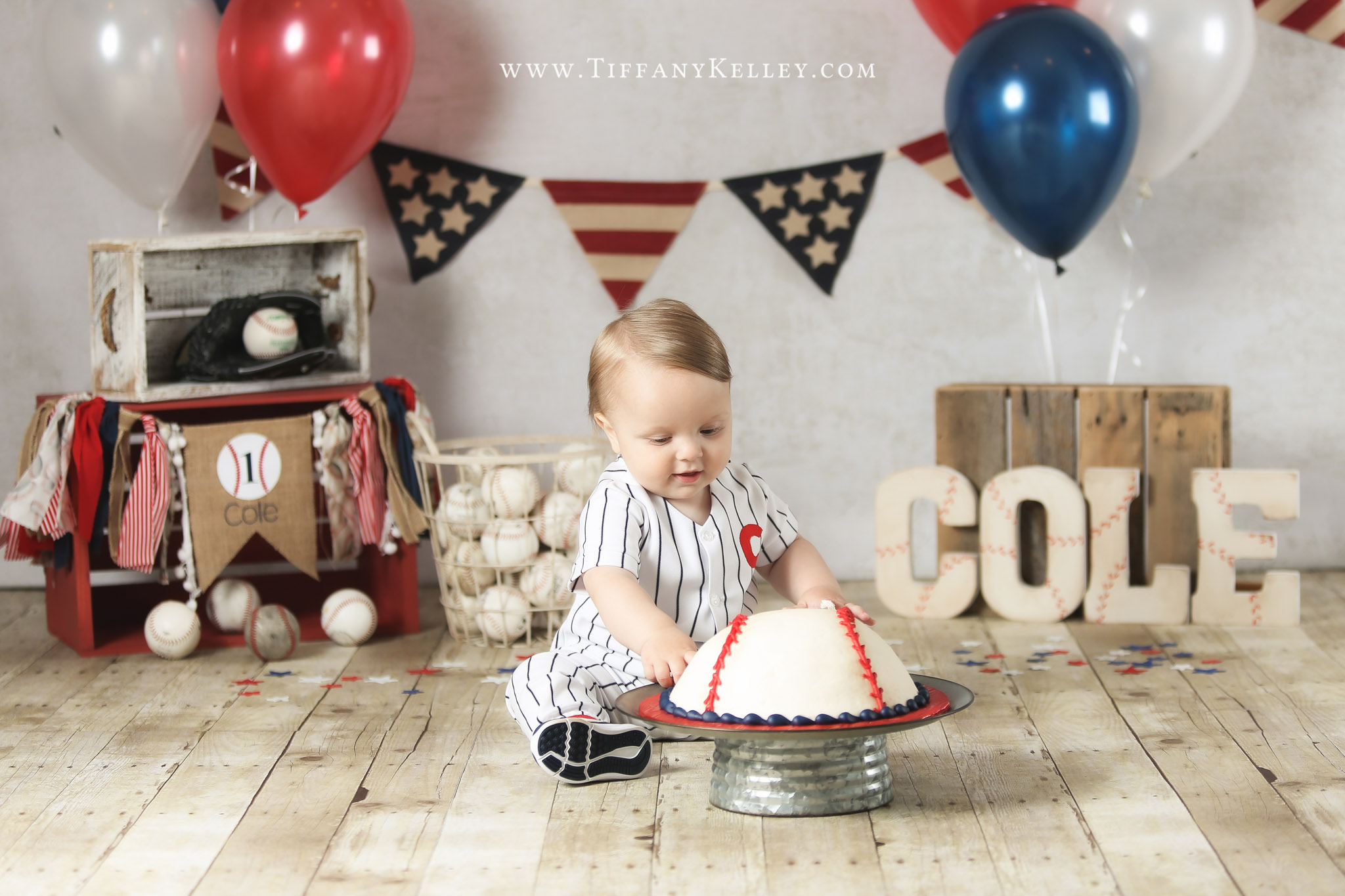 Cole Year Old Birthday Cake Smash Session Branson Missouri Family Photographer Tiffany Kelley Photography