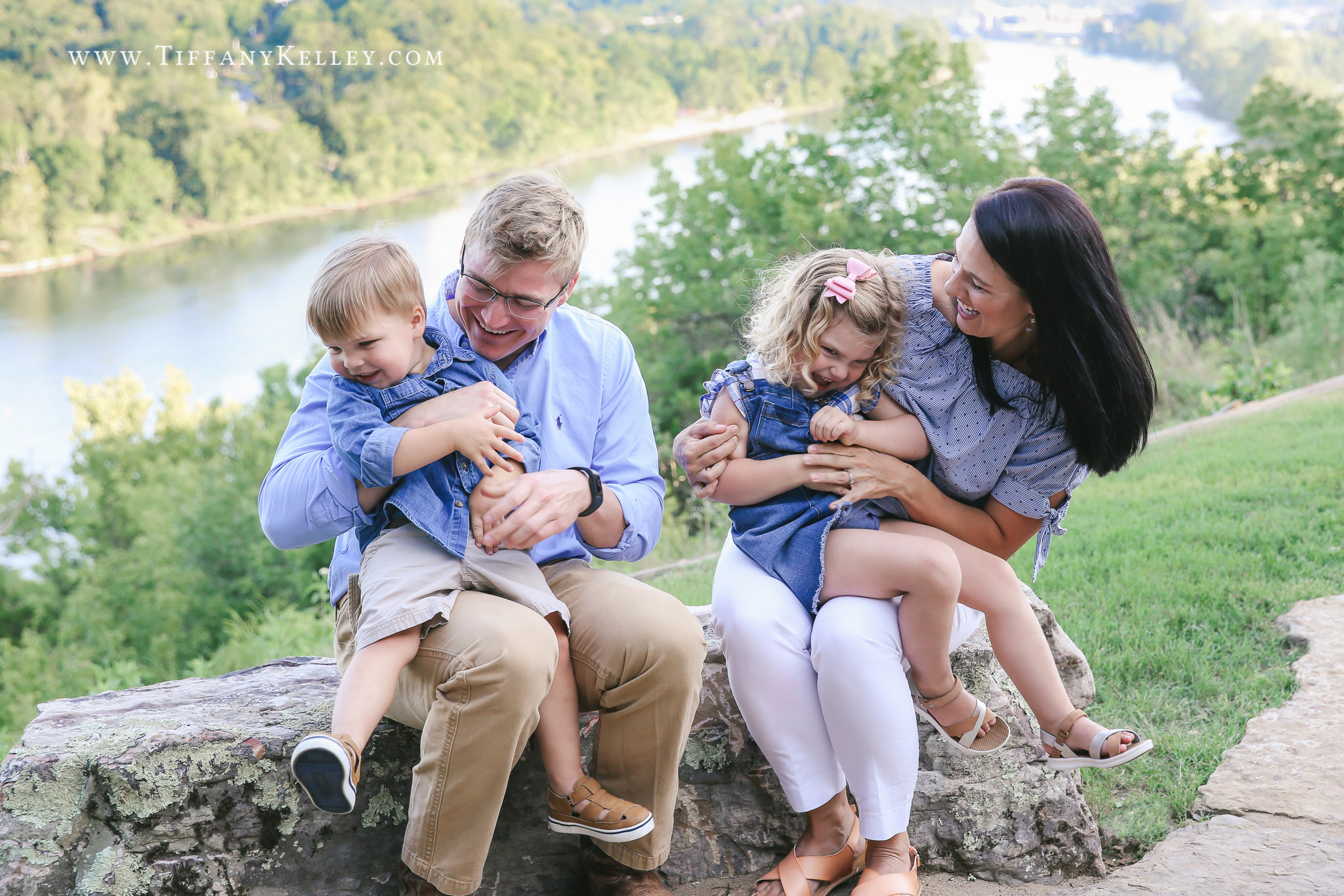 Voigt Family Branson MO Family Photographer Tiffany Kelley Photography