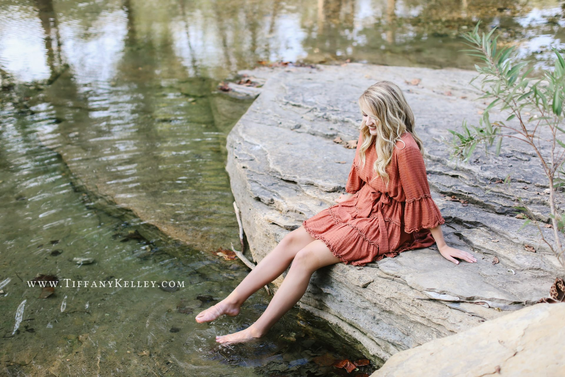 Chloe Branson MO Senior Pictures Hollister High School Tiffany Kelley Photography